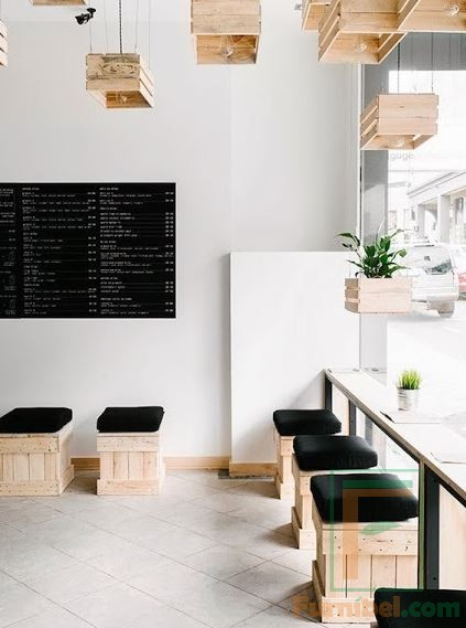 Kursi Cafe Kotak Kekinian dudukan bantalan hitam
